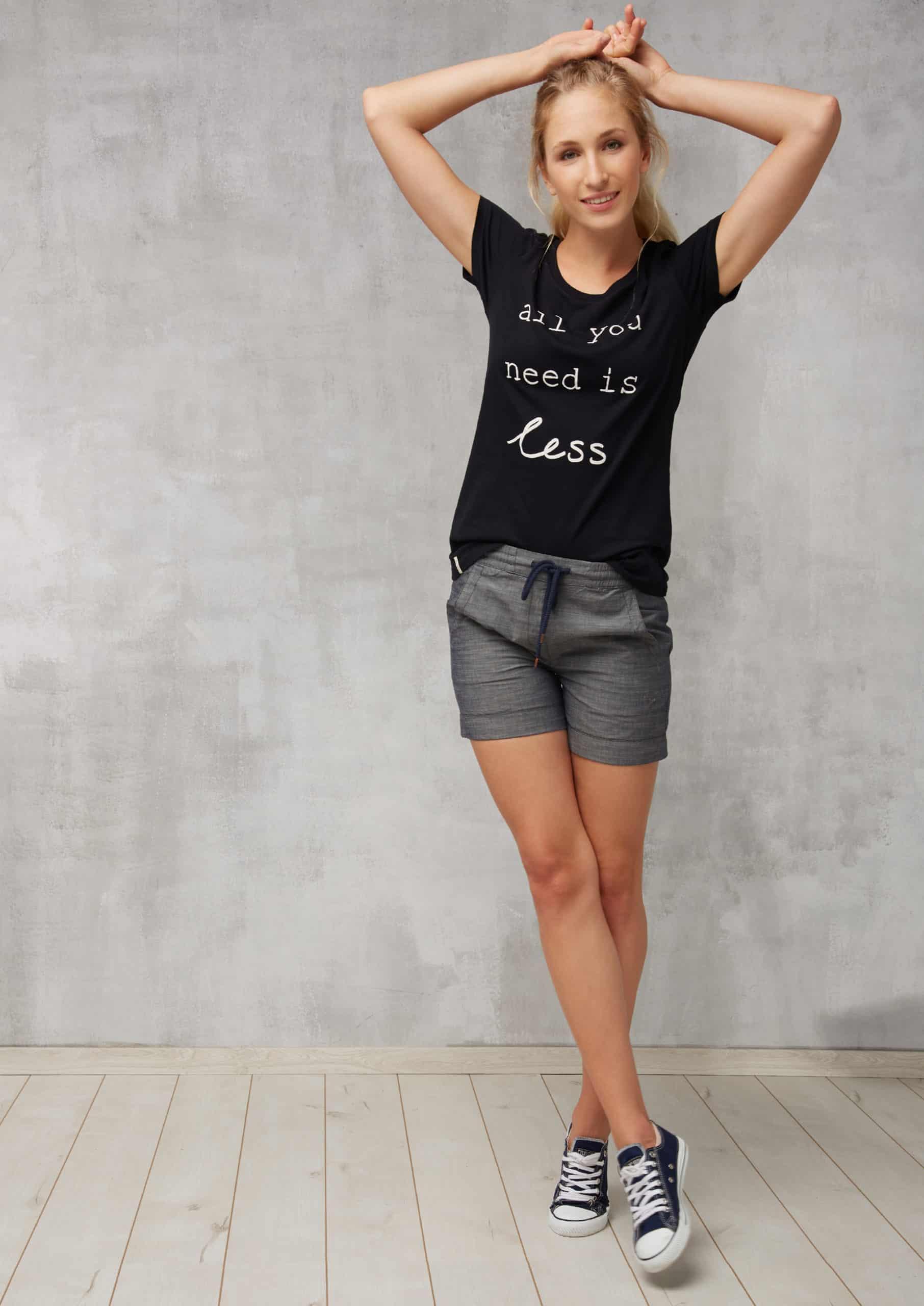 Damen Shorts Classic Denim